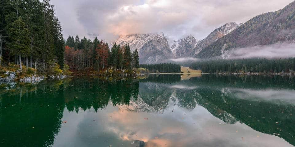 Озера Италии осенью