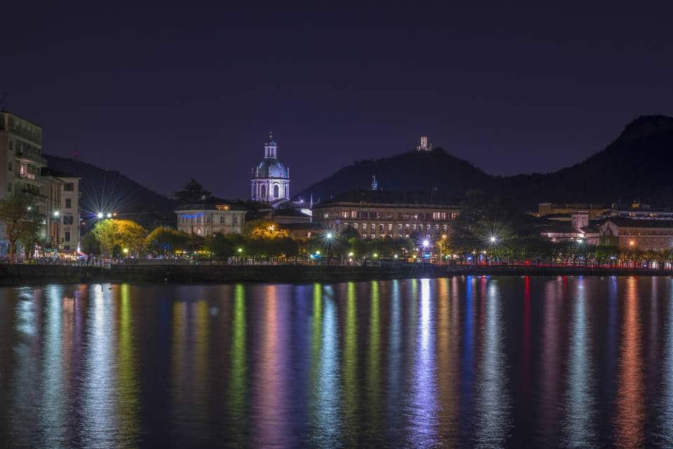 Ночь на озере Комо
