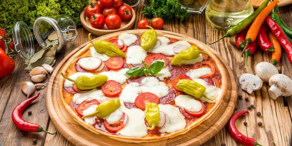 Пицца с острым перцем