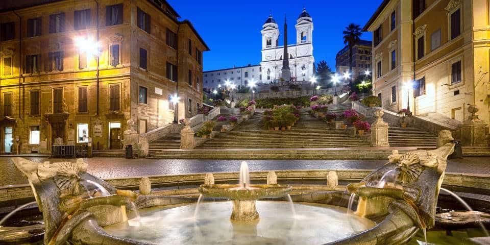 Ночная фотография Испанской Лестницы в Риме
