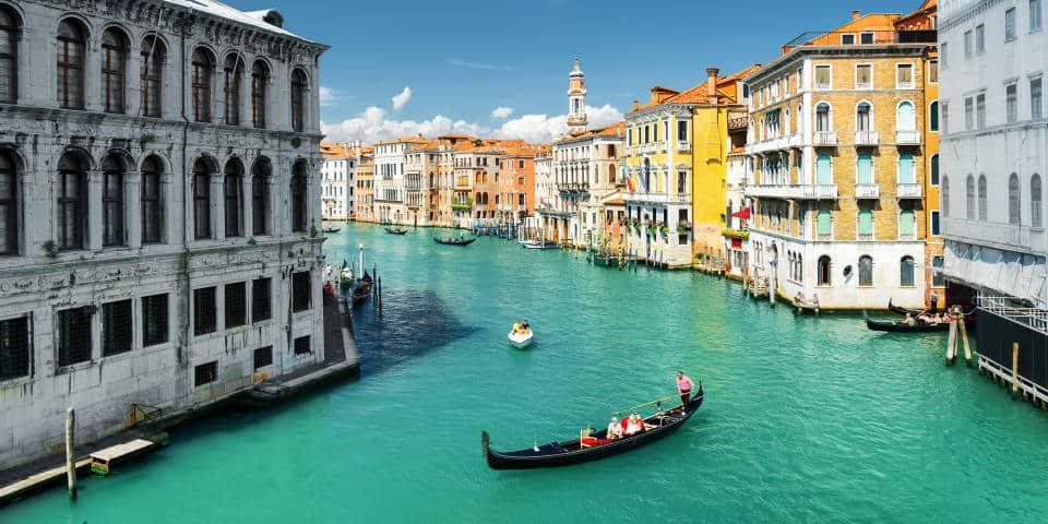 Венецианские каналы летом