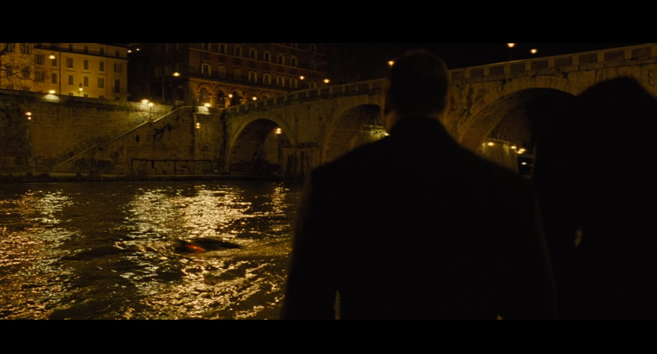 James_Bond_Rim_14