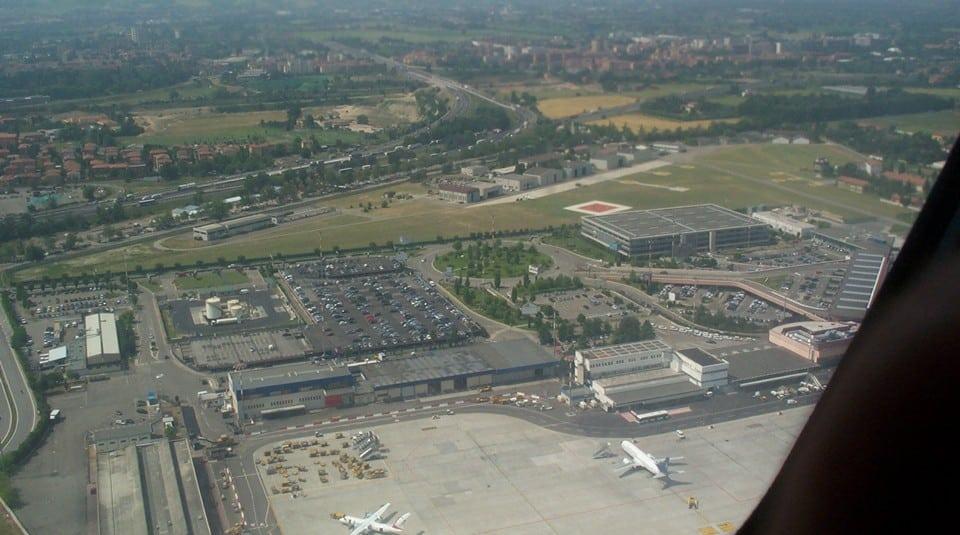 аэропорт Aeroporto Internazionale Guglielmo Marconi