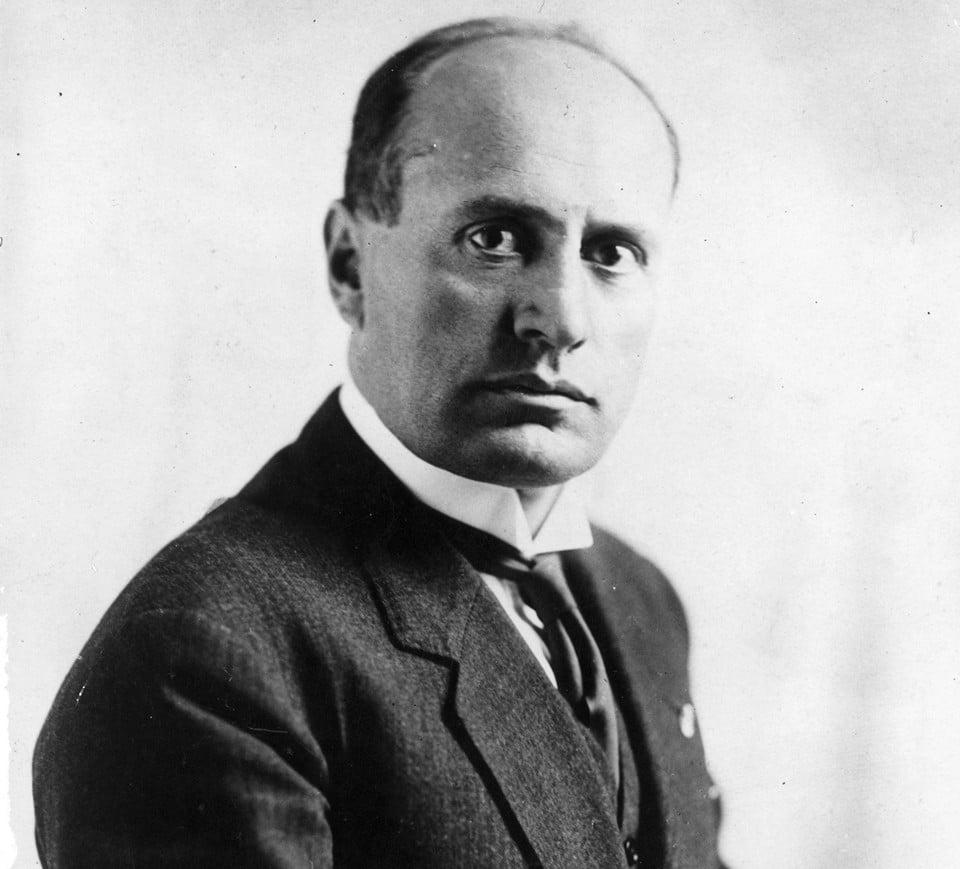 Бенито Муссолини образование