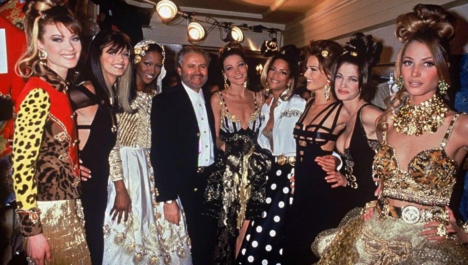 Джанни Версаче с моделями