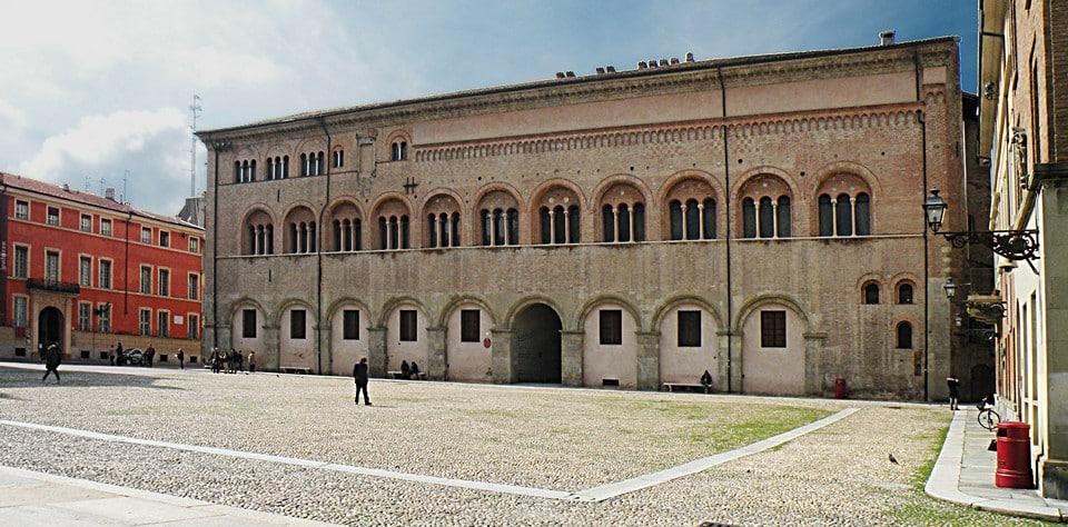 palazzo_del_vescovado__cr