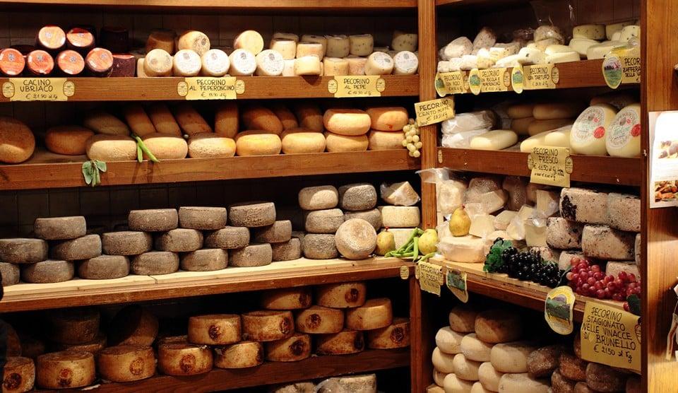 пекорино романо достаточно дорогой сыр