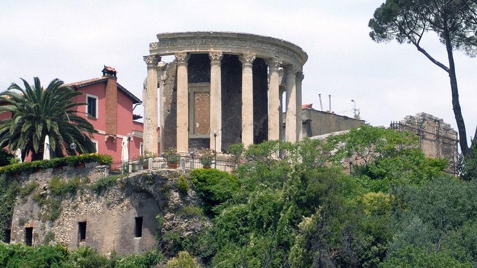 Храм Сивиллы где находится