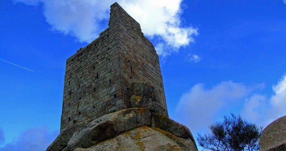 Крепость Торре Сан Джованни в Удженто