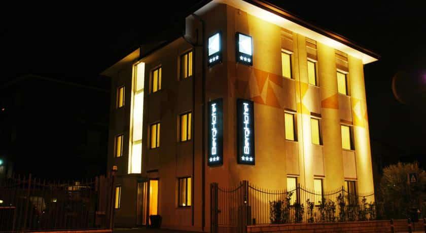 Отель 3 звезды Berghotel