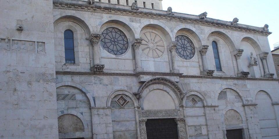 базилика Сан-Бортоломео