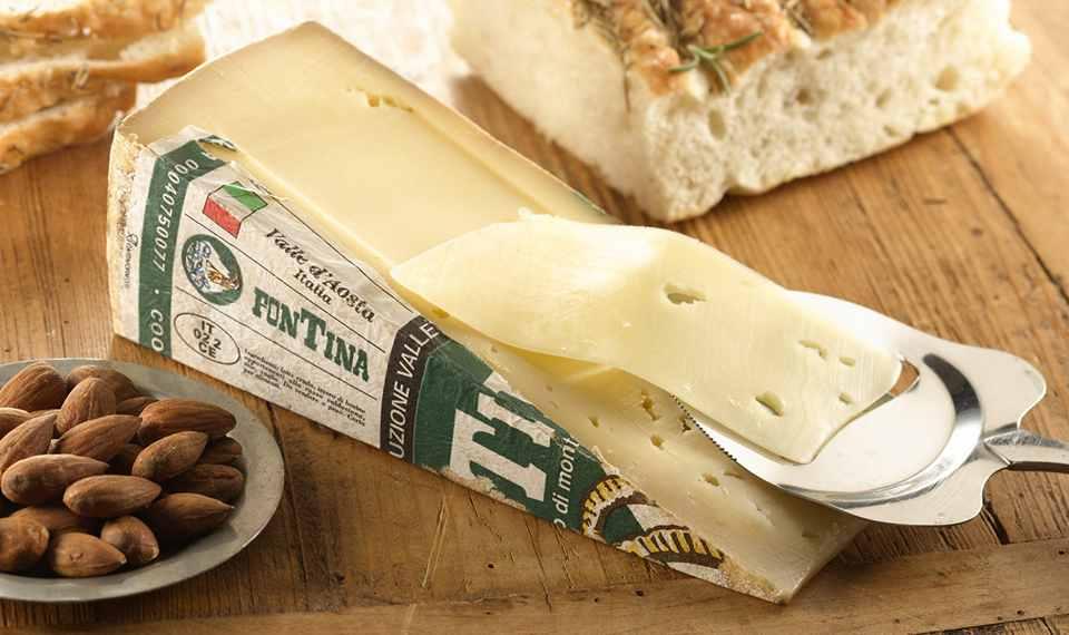 Фонтина – полутвердый сыр средней зрелости