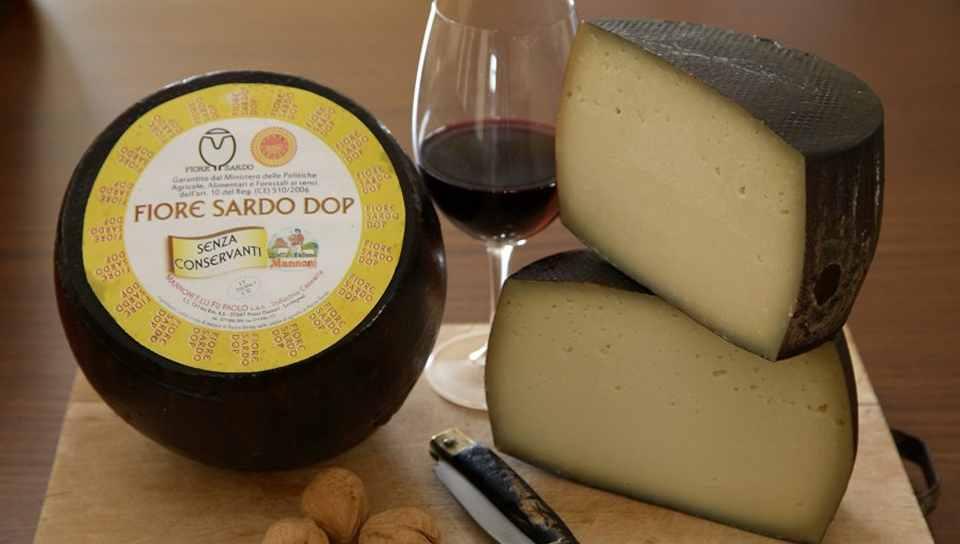 Фиоре сардо – твердый овечий сыр