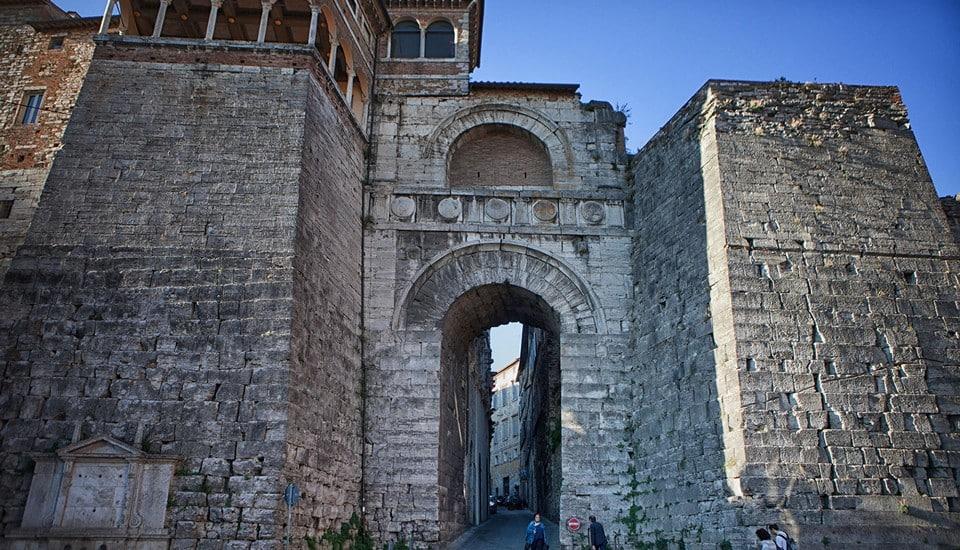 Этрусская арка