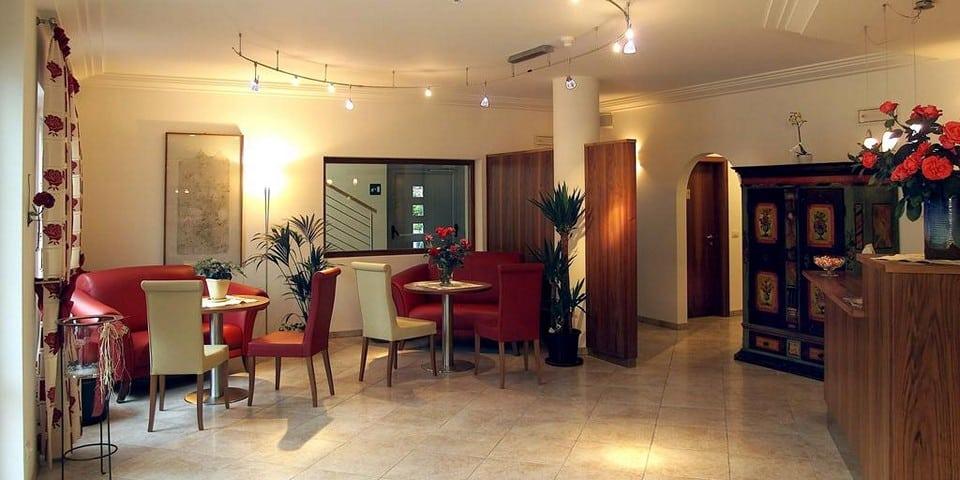 Отель Hanny