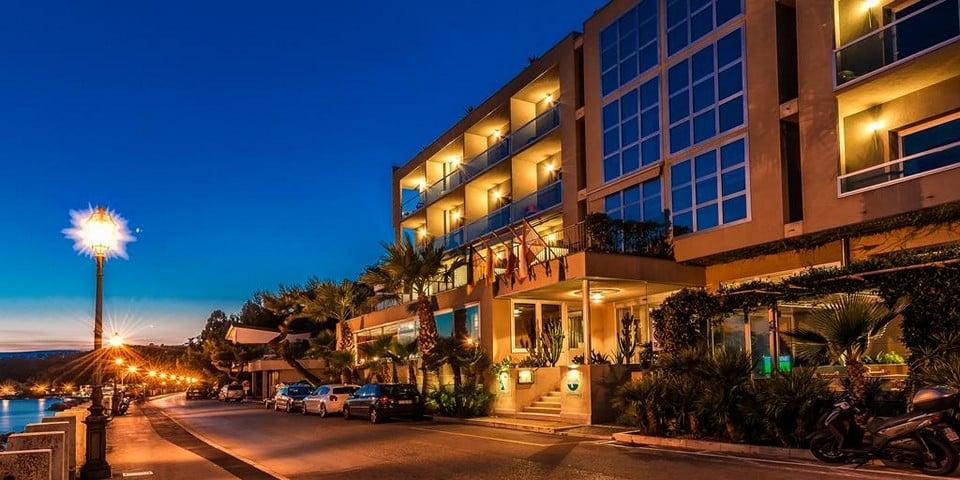 Четырехзвездочный отель Miramare
