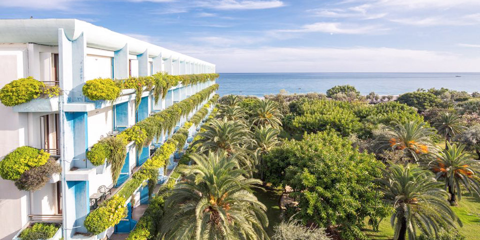 Atahotel Naxos Beach отель в Джардини-Наксос 4 звезды