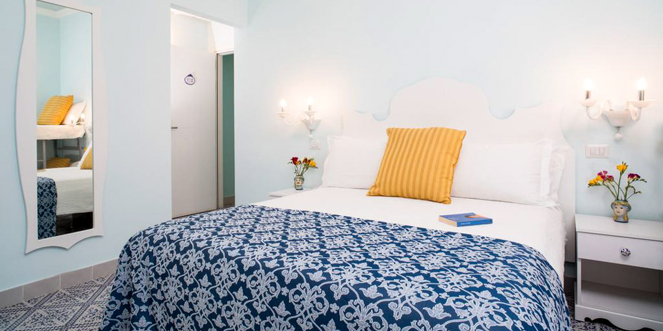 Hotel Villa Nefele отель на берегу моря в Джардини-Наксос