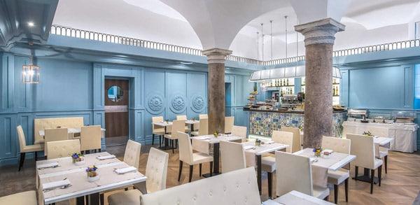 Hotel Martis Palace идеально расположен в центре Рима, персонал говорит на русском языке