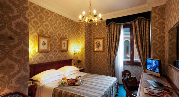 Hotel Barberini в Риме
