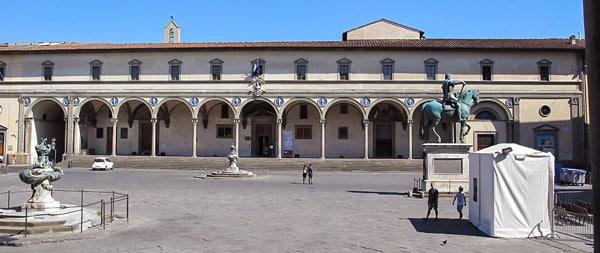 Воспитательный дом для сирот во Флоренции – проект Брунеллески