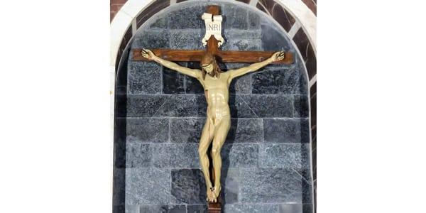 Скульптура «Распятие» Брунеллески находится в базилике Санта-Мария-Новелла во Флоренции