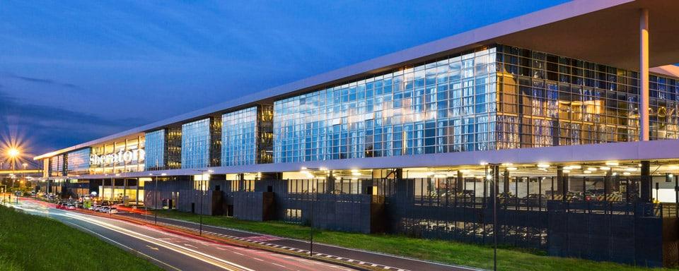 Отель 4 звезды в аэропорту Мальпенса