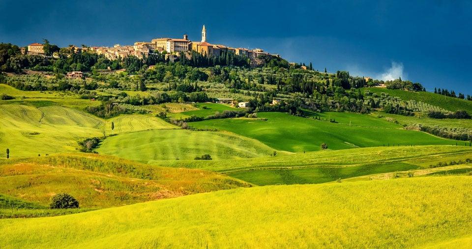 город Пьенца в долине Валь д Орча в Тоскане