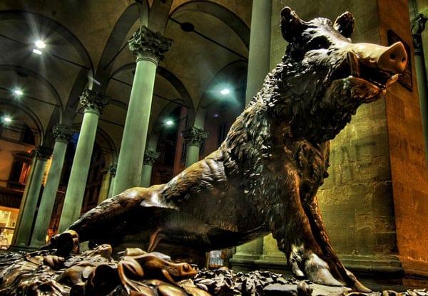 фонтан Бронзовый кабанчик во Флоренции