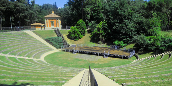 парк Кашине во Флоренции