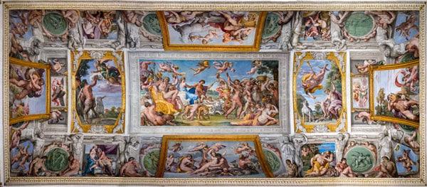 фрески Караччи в римском палаццо Фарнезе (Palazzo Farnese)