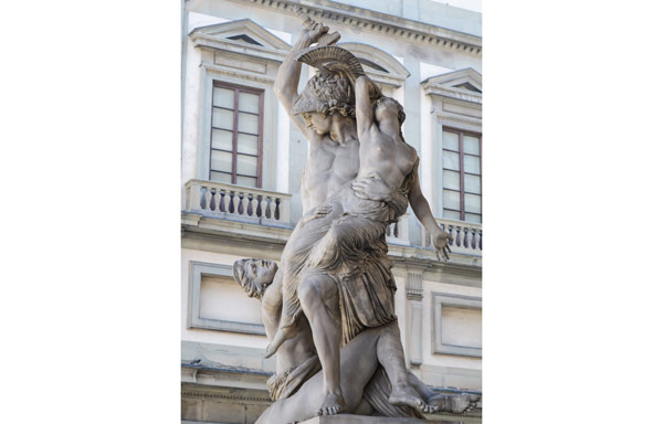 скульптура Похищение Поликсены в Лоджии Ланци