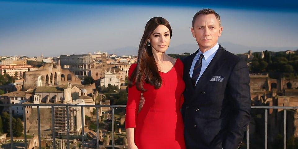 Моника Беллуччи и Дэниэл Крэйг в Риме на фоне Колизея