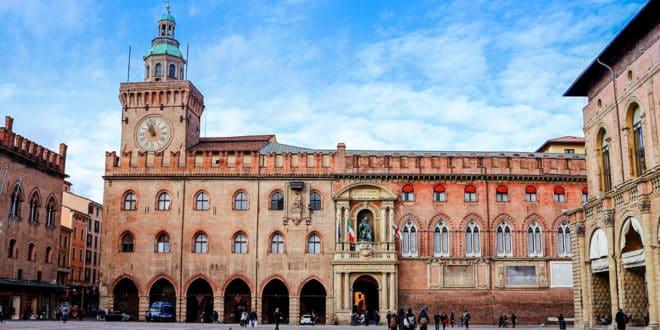 Дворец Коммуны в Болонье