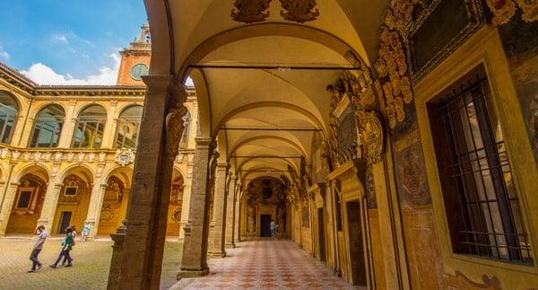Архигимназия в Болонском университете