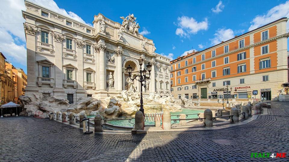 Фонтан Треви в Риме во время карантина март 2020 года