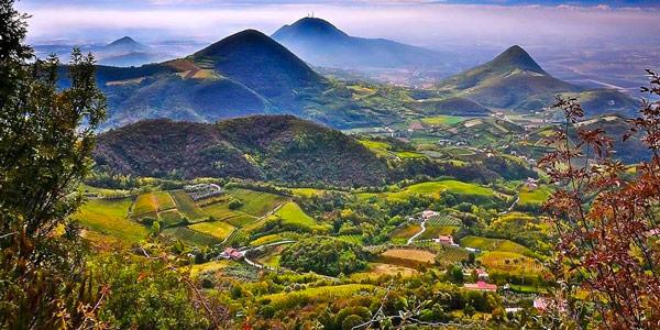 Эуганские холмы природная достопримечательность в Абано Терме