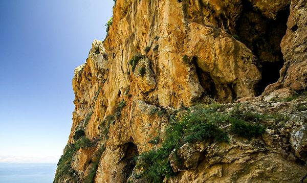 пещера Мастро Пепе Сиино (Mastro Peppe Siino) в Zingaro