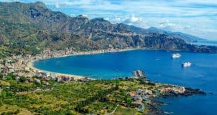 Джардини-Наксос Сицилия