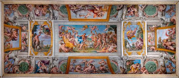 фрески Аннибале Карраччи на потолке палаццо Фарнезе в Риме