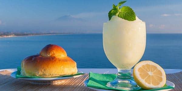 Гранита Granita сицилийский замороженный десерт из сахара