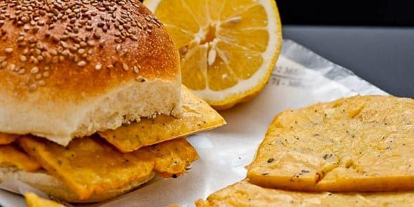 оладьи из нутовой муки популярное блюдо на Сицилии