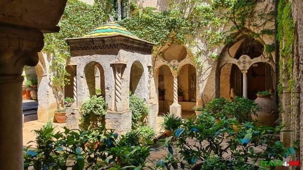 Монастырь на вилла Чимброне в Равелло