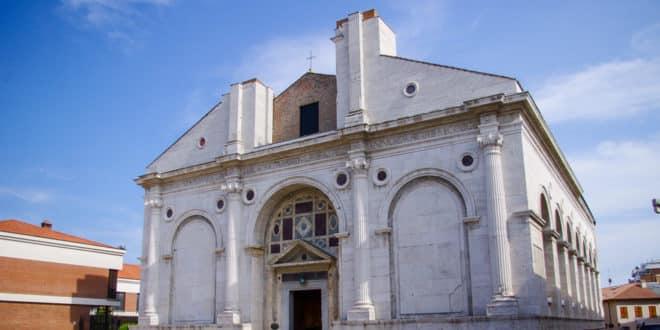 Храм Малатеста в Римини