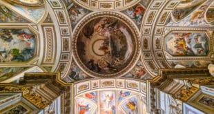 Аббатство Святой Троицы в Кава-де-Тиррени