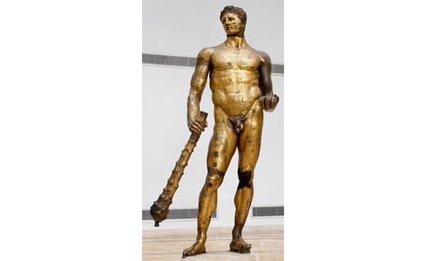 Позолоченная статуя Геракла в Капитолийских музеях