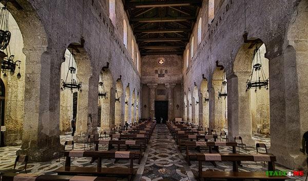 Интерьер Кафедральный собор Сиракуз