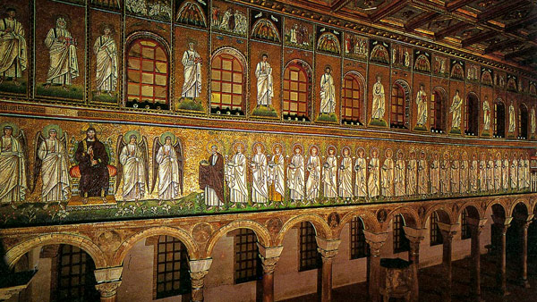 Процессия мучениц и 3 волхва на Византийской мозаике в базилике Сант-Аполлинаре-Нуово
