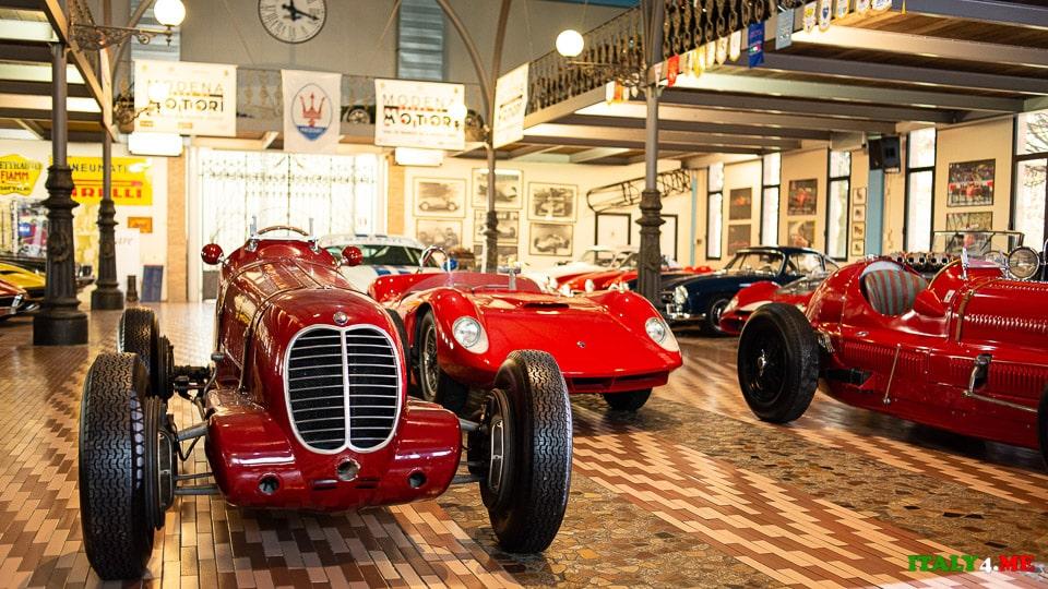 Частная коллекция автомобилей в Италии