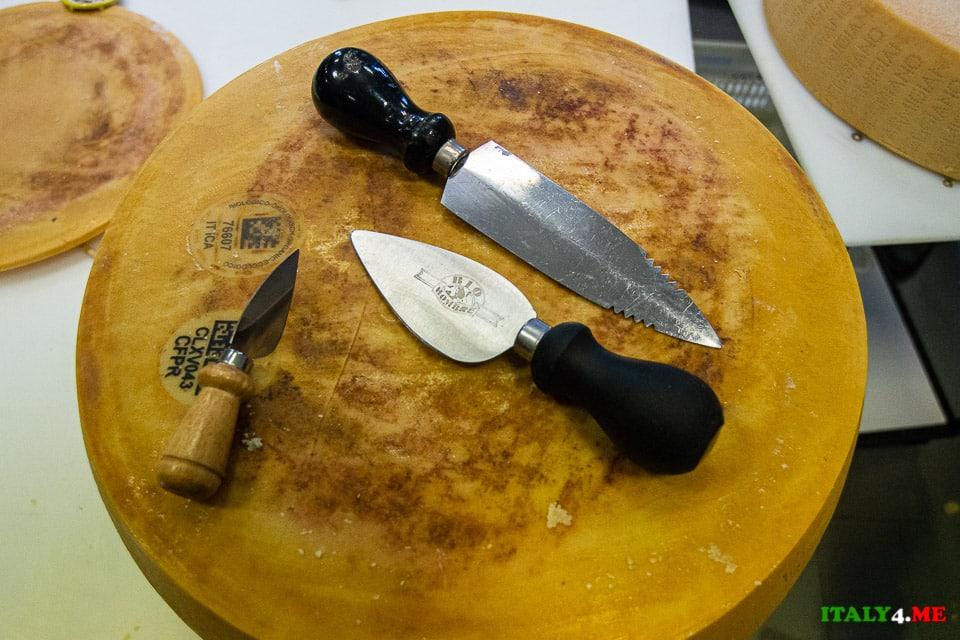 Специальные ножи для нарезки сыра